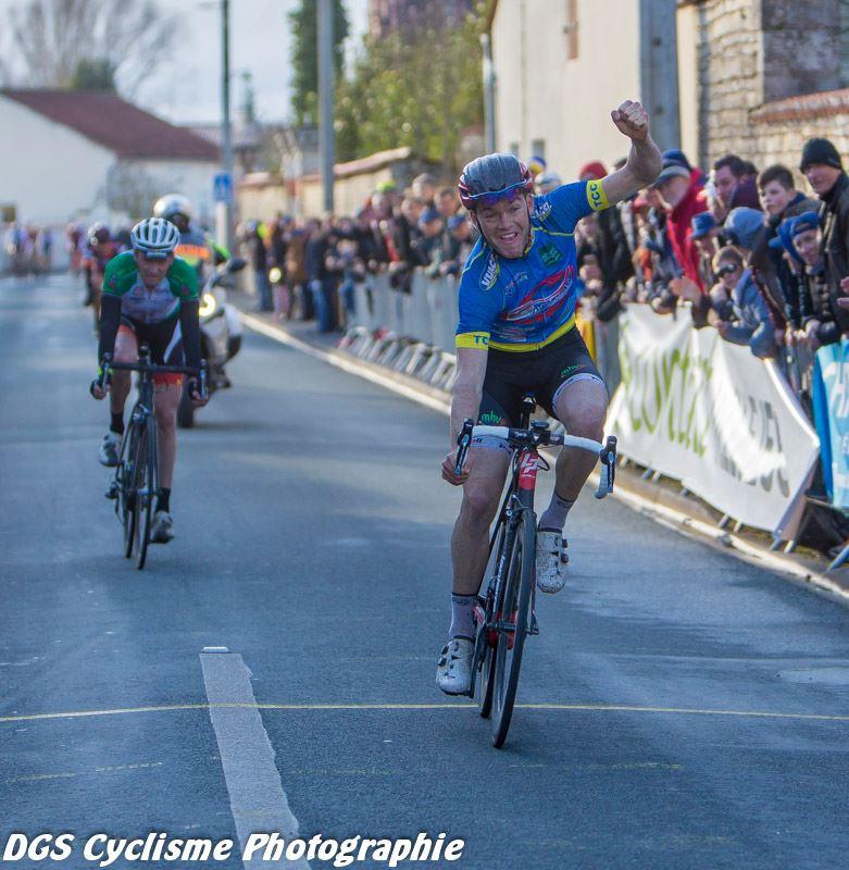 Le 04/03/2017  Tour du Pays d'Aigre : Alexis Diligeart 1er  (TC Châteaubernard) 6 ème Ludovic Nadon AC4B..