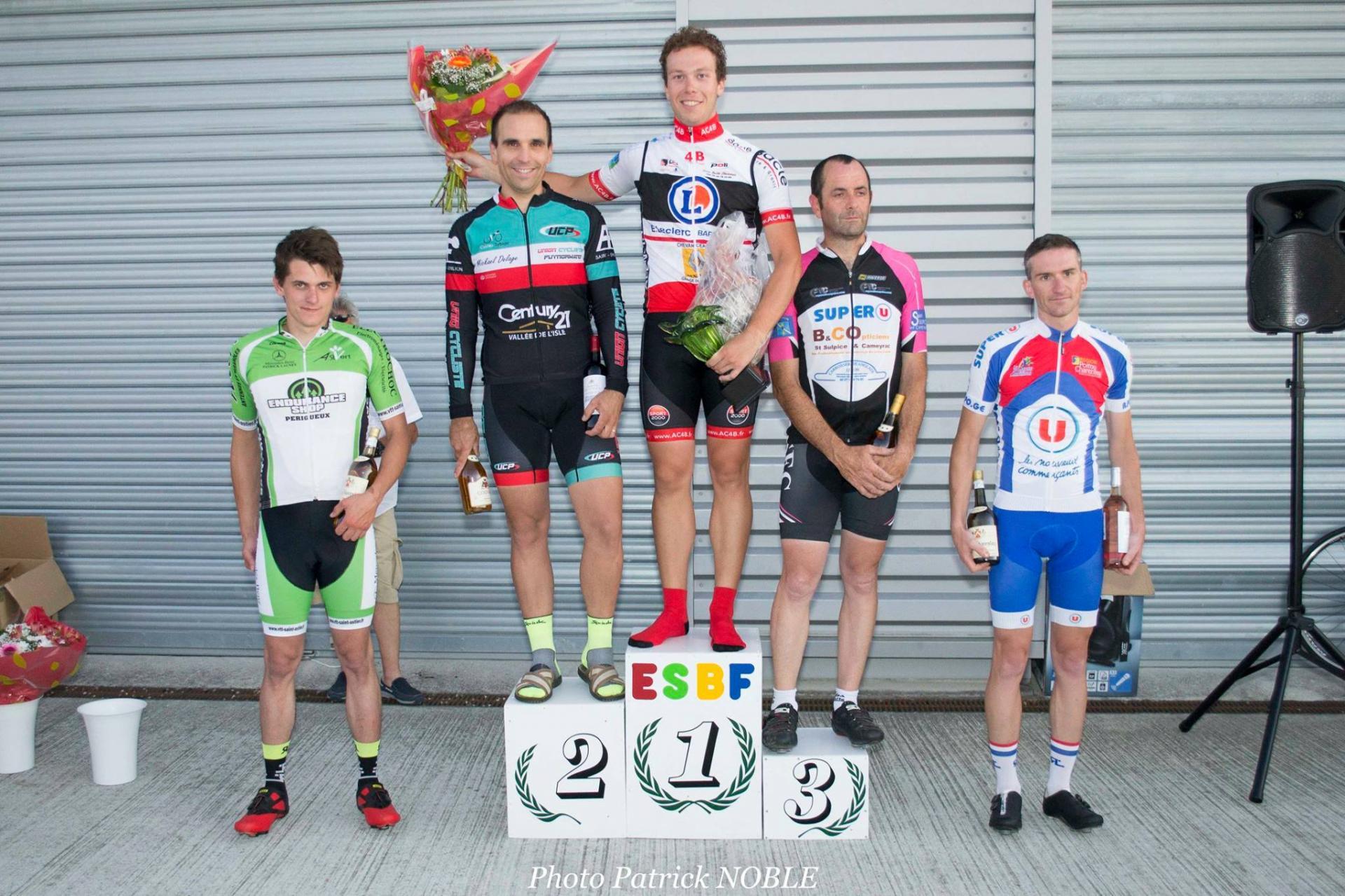 Le 17/06/17  LA GENETOUZE(17)  Pôle Mécanique Haute Saintonge .Victoire de Quentin Marcadier (AC4B) en 2 ème cat avec cette victoire monte en 1 ère cat.