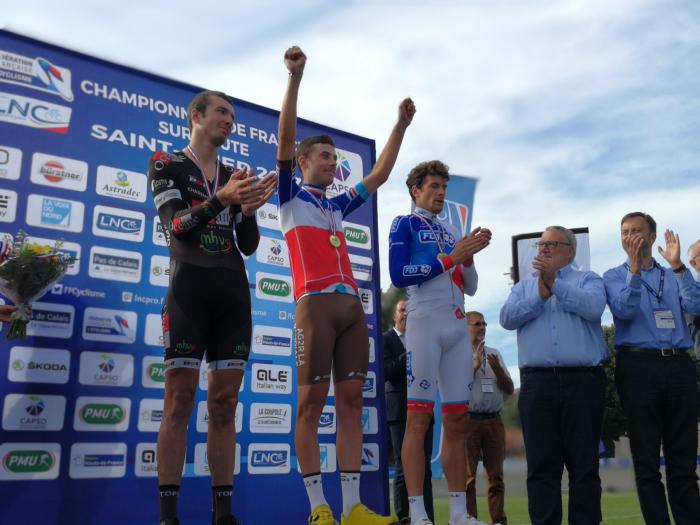 Le 22/06/2017  CHAMPIONNAT DE FRANCE - CLM ELITES (CLM)    Pierre Latour (AG2R La Mondiale) est devenu ce jeudi, à Saint-Omer (Nord), Champion de France Elites du contre-la-montre. Il a devancé Yoann Paillot (Océane Top 16),et Anthony Roux (FDJ).  Yoann Paillot (Océane Top 16) a remporté ce jeudi, à Saint-Omer (Nord) le Championnat de France Amateur du contre-la-montre.