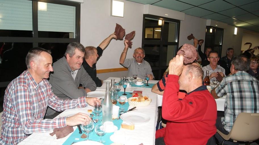 Réunion et Repas de l'AC4B du 24 novembre 2012 030