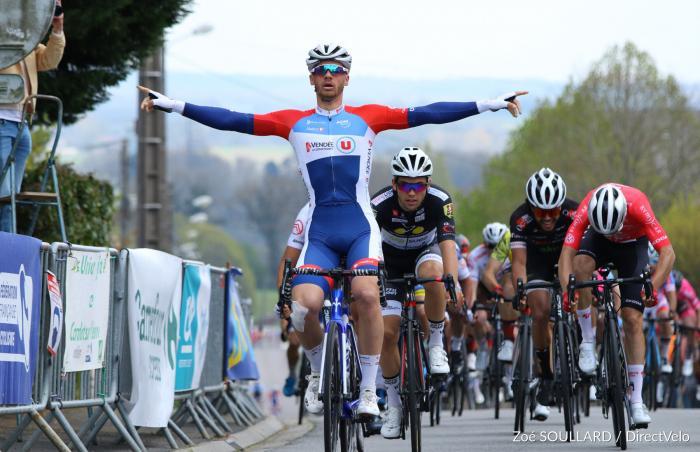 Trophée Maxime Méderel - Saint-Sulpice-les-Feuilles   Théo Menant (Vendée U) a remporté au sprint